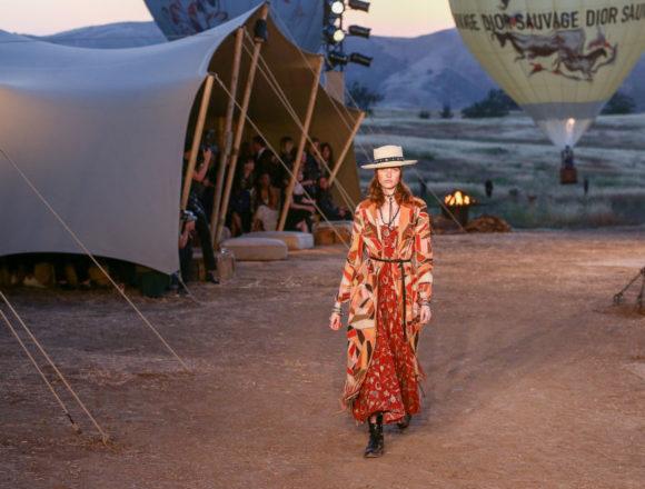 Dior ha scelto le storiche Scuderie di Chantilly per la presentazione della collezione