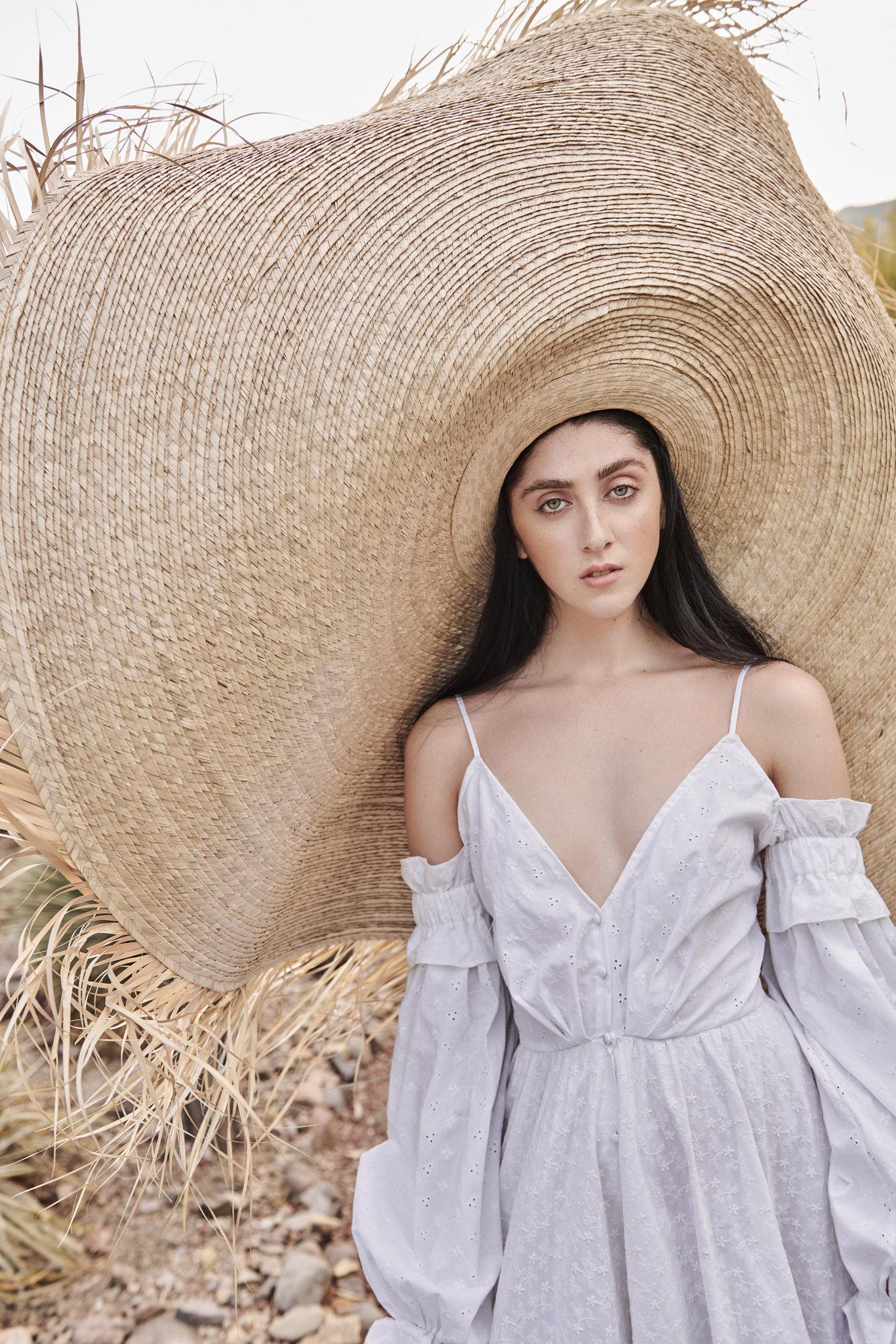 I cappelli sono grandi questa estate. Veramente grandi - Michele ... cf12384cf795
