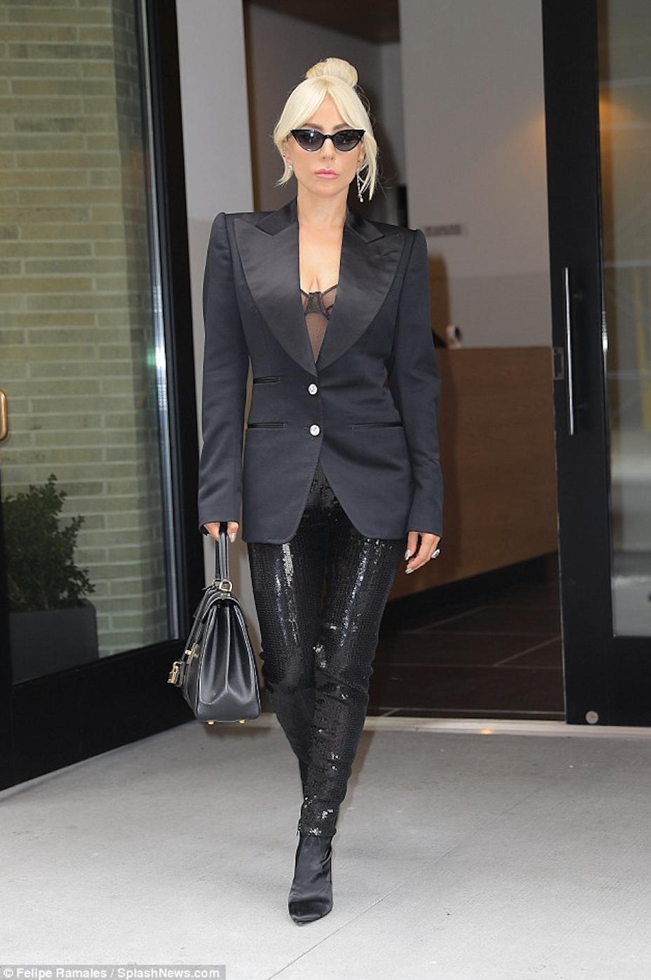 Lady Gaga rocks the Thierry Mugler runway Lady Gaga rocks the Thierry Mugler runway new pics