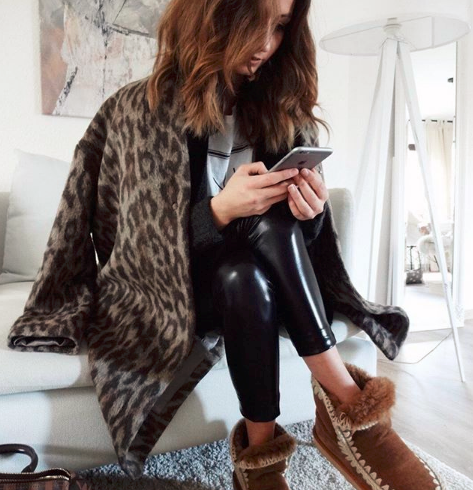 """History and curiosity of the """"hottest"""" boots of the season: the Mou Boots"""