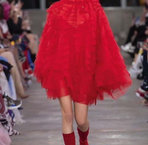 Red passion for the Pre – Fall of Valentino in Tokyo