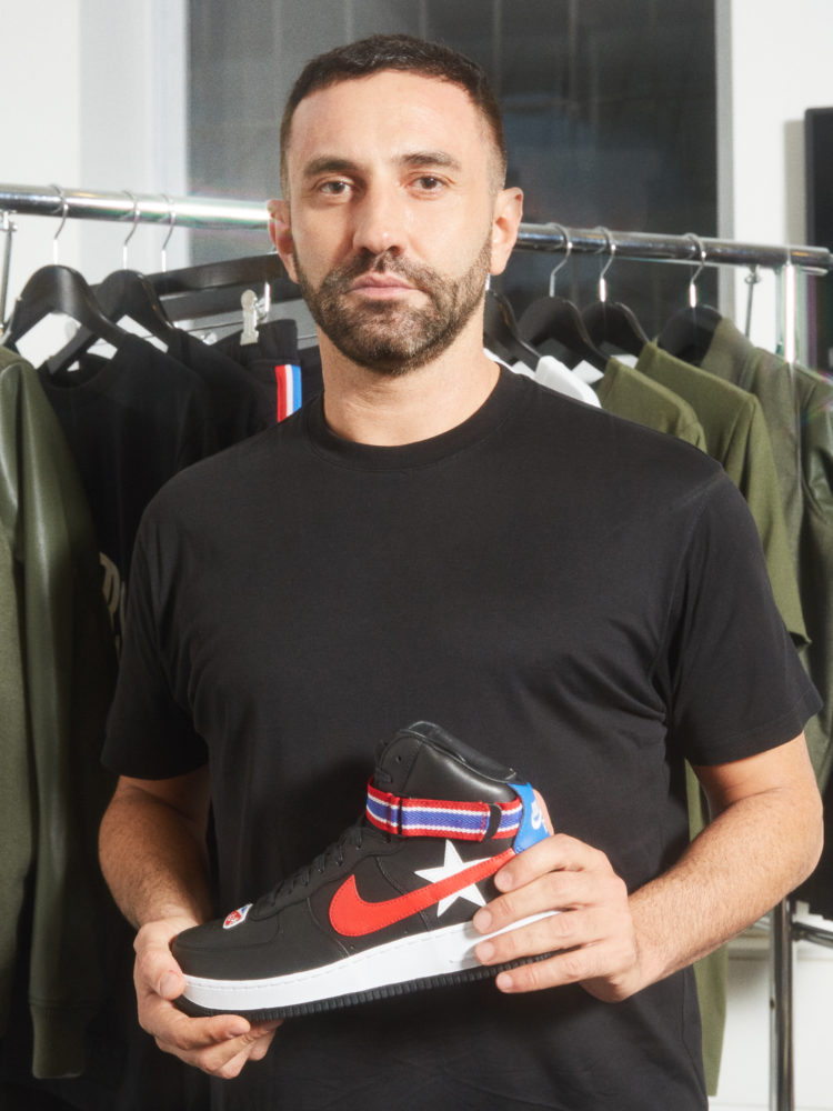 The social networks' star? No doubt : Riccardo Tisci