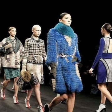 CharityStars: how to see a MFW fashion show?