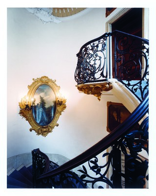 Apritimoda in Milan: Alberta Ferretti opens the doors of Palazzo Donizetti