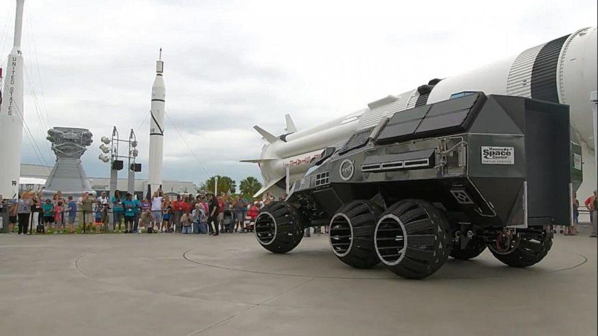 Si accendono i motori anche nell'universo: pronta la prima auto per Marte