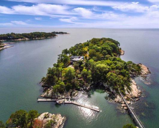 Un'isola di lusso in vendita tra Boston e New York