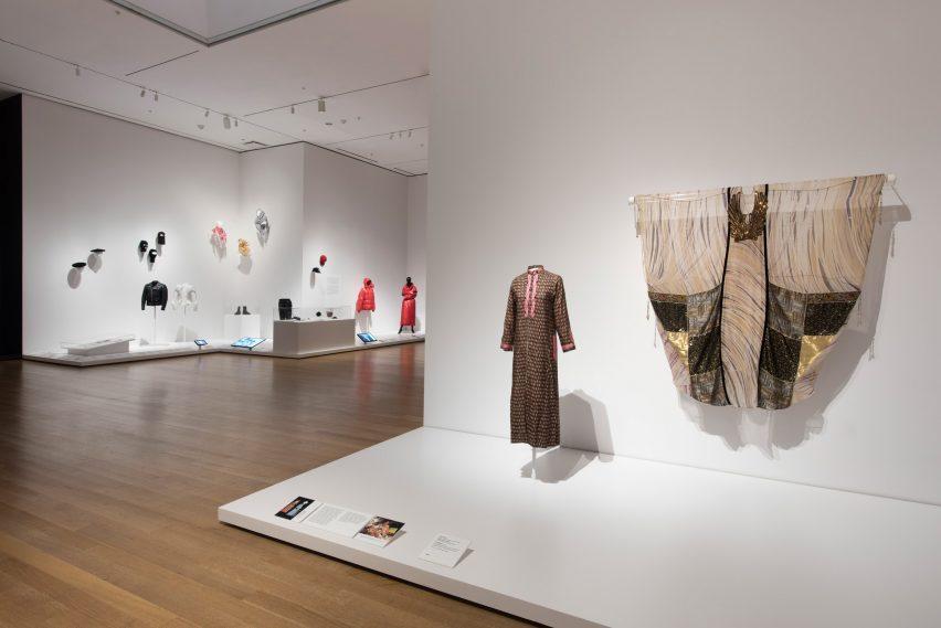 Items: is Fashion Modern? – nuova mostra a NY