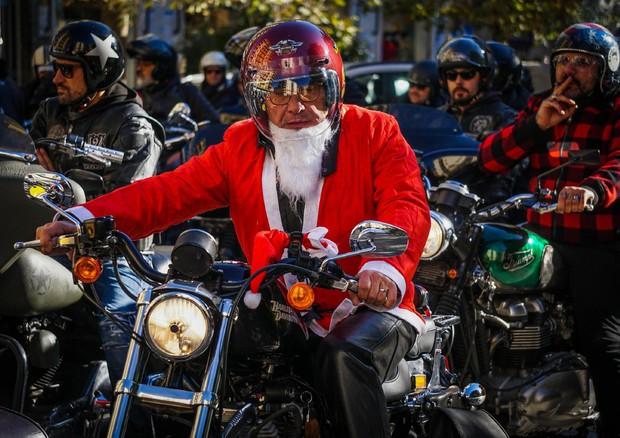 Natale 2017: spazio ai Babbo Natale bikers