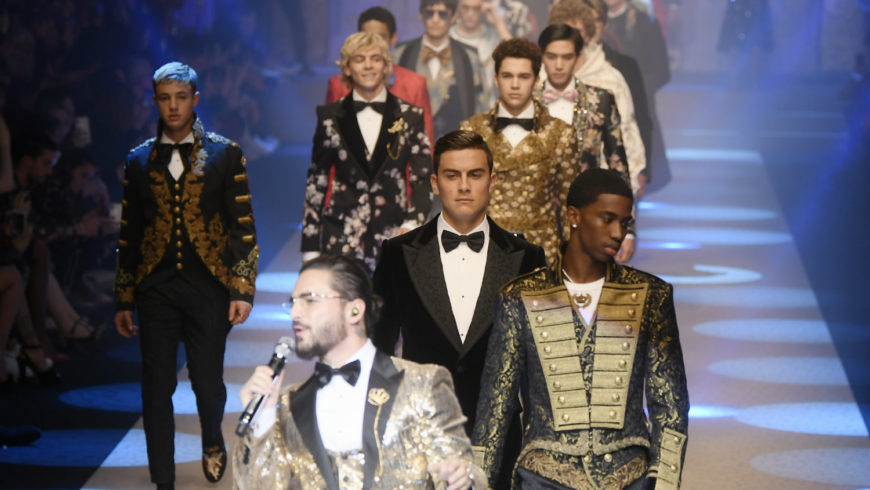 """""""King's Angels"""" on the floor for Dolce & Gabbana's fashion show in Milan"""