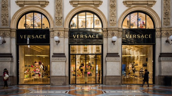 Versace In No Rush to List on Stock Market