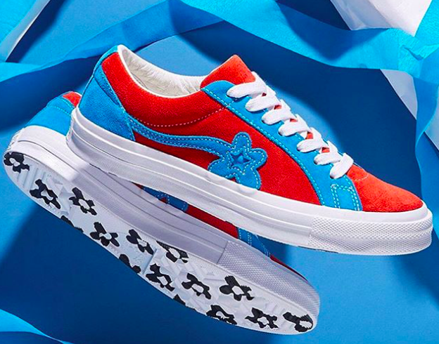 Here comes a new model of Converse, colorful and floral