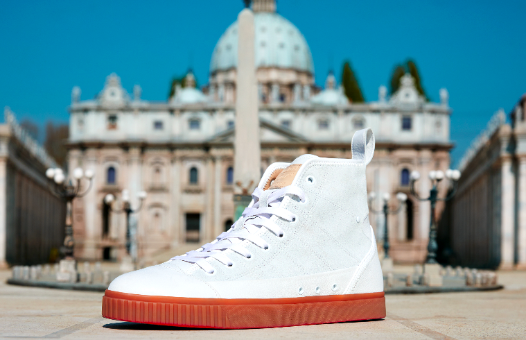 A totally Italian edition for the new Onitsuka Tiger collection