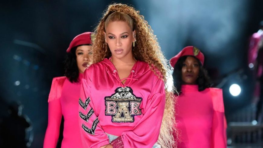 Beyoncé, a capsule collection with Balmain inspired by Coachella