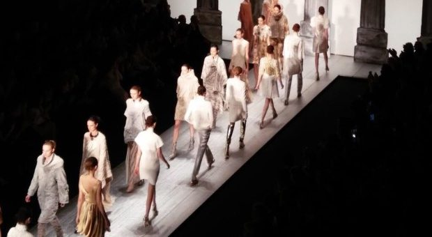 Milan women's fashion staged in September with 61 fashion shows
