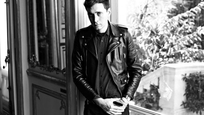 HEDI SLIMANE IN REVOLT AFTER THE RECEIVED CRITICS