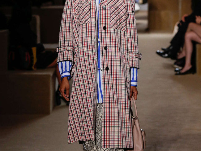 Prada Cruise 2020: Rebellion is in simplicity