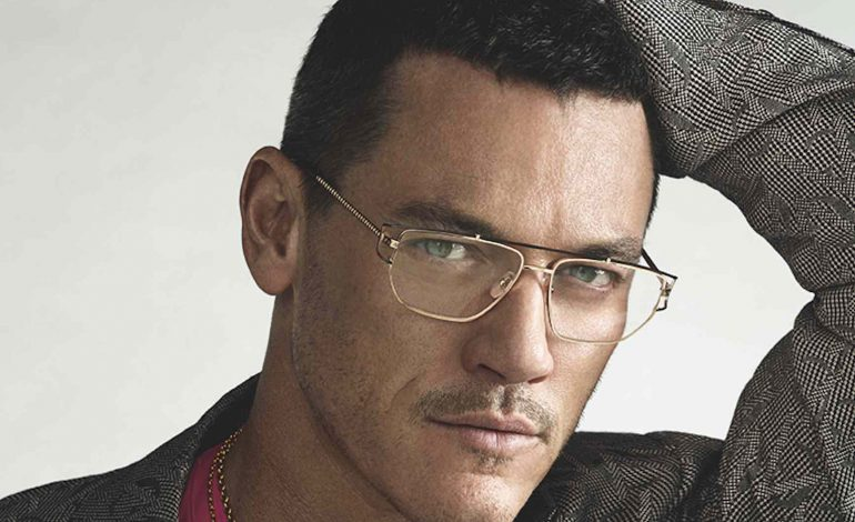 Versace chooses Luke Evans' gaze