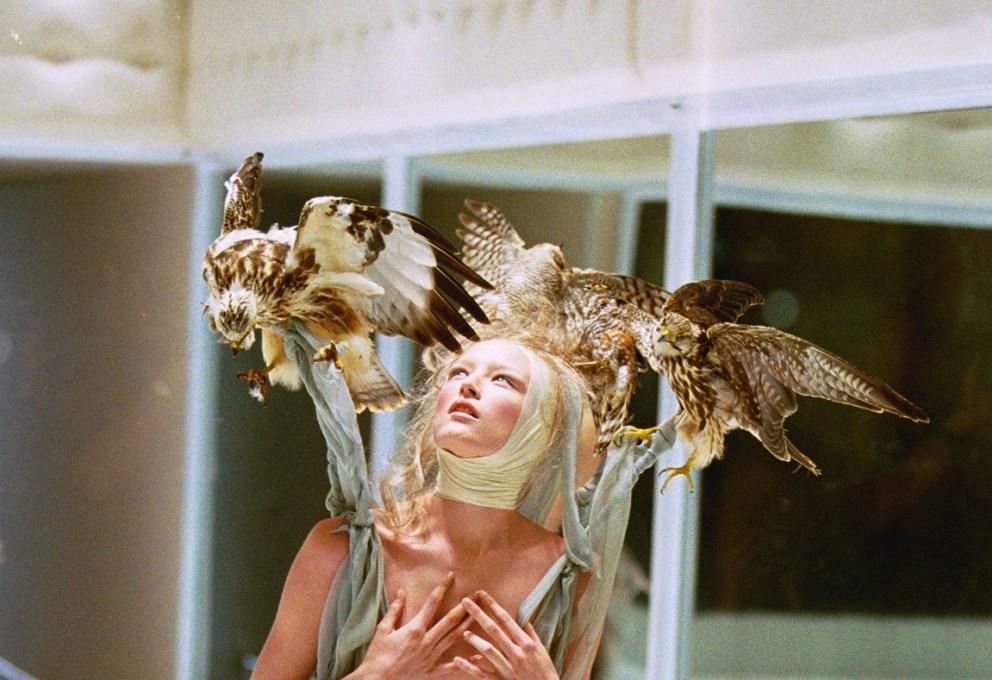 Fashion and Halloween: Alexander McQueen 2001