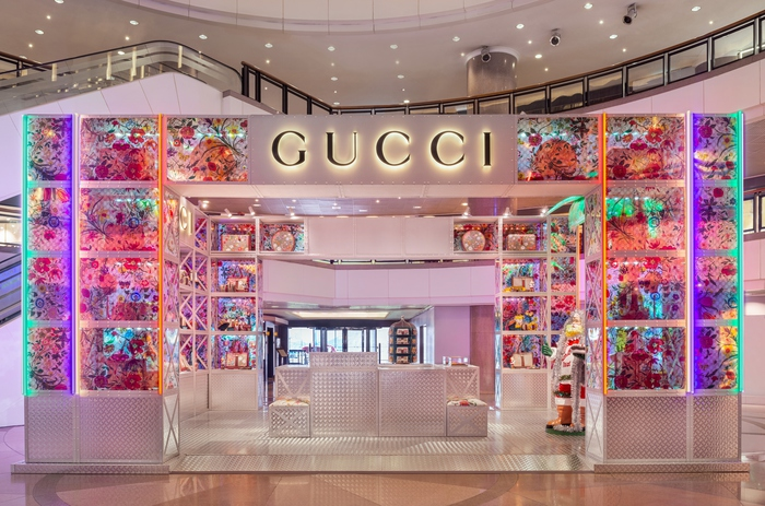 Gucci opens the Gucci Pin, temporary stores
