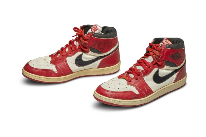Sotheby's: the 1984 Nike Air Jordan sold for $ 560,000