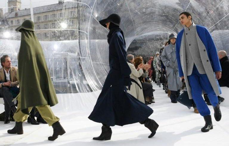 Haute couture, digital show for Paris fashion week
