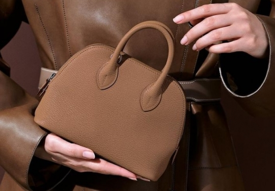 """Hermès bags more than gold: they are the """"queens"""" of 2020 investments"""