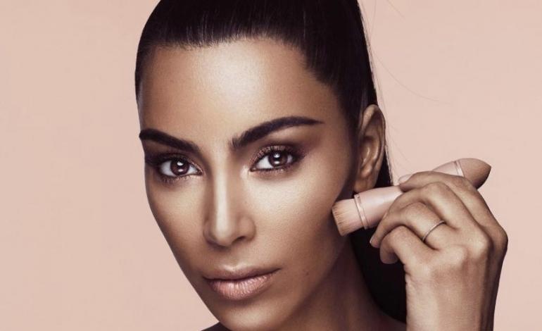 Kim Kardashian debutta nello skincare